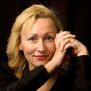 Sarah Pinborough Author Photo