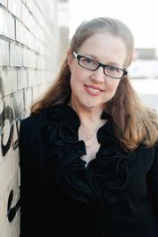 Sophie Perinot Author Photo