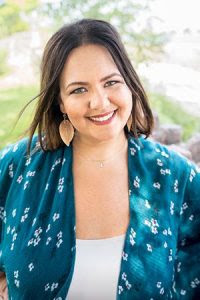 Alison Hammer Author Photo